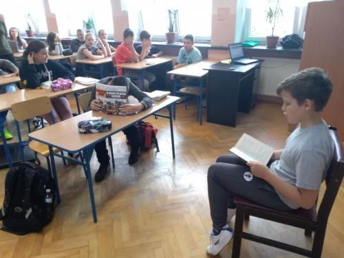 Fotorelacja z Ogólnopolskiego Dnia Głośnego Czytania w SP3
