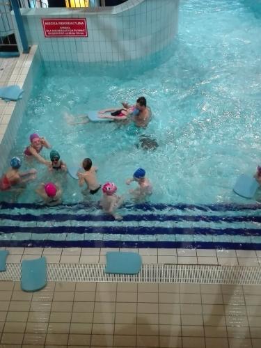 Zajęcia pływackie w Parku Wodnym TOSiR